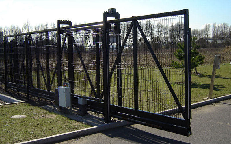 Cpr commercial fencing security gates yorkshire